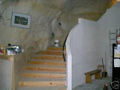 Casa construida en caverna