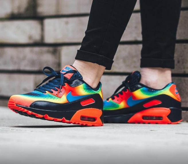 best sneakers a0aba 5fa06 Nike Air Max 90 Heat Map Edition Shoe