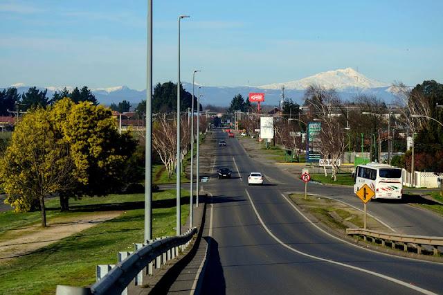 Estrada em Pucón, no Chile