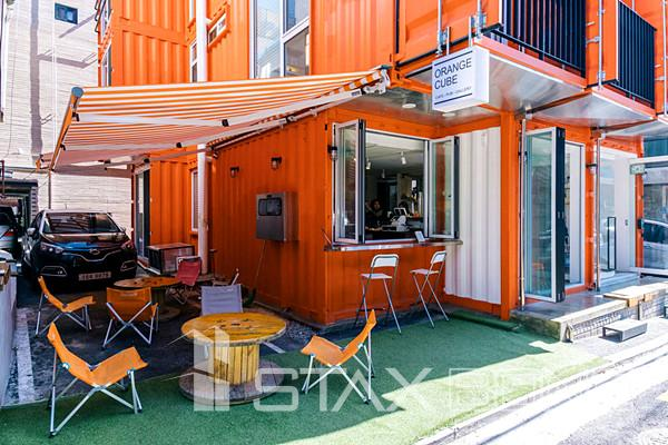Shipping Container 4 Story House - Office, Cafe and Hotel in Seoul, South Korea 13