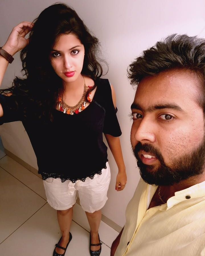 Gayathri Suresh Hot Thighs Photos