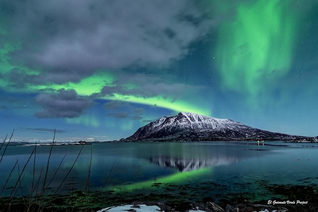 Aurora Boreal en Noruega Ártica, por El Guisante Verde Project