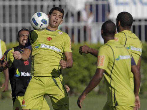 Vasco enfrenta o cansaço. Após 72 jogos na temporada 9b9499da41725