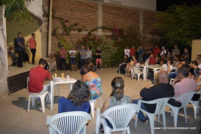 Homenagem em reconhecimento ao trabalho dos médicos cubanos é realizada em Santa Cruz