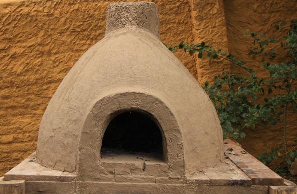 Bioconstruo e arte Fogo de pedra forno de barro
