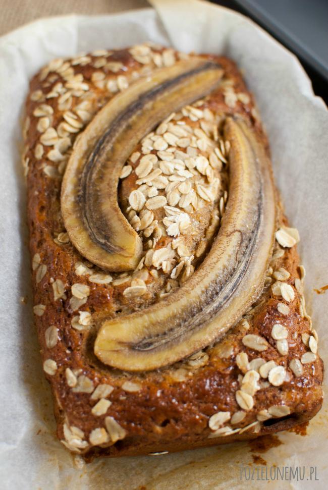 Miodowo-owsiany chlebek bananowy