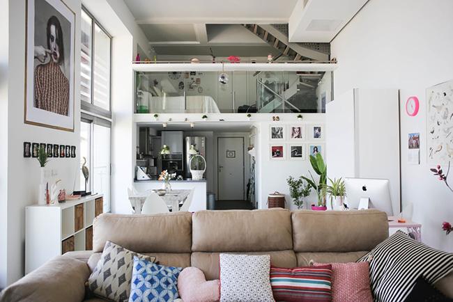 Un loft en valencia de estilo n rdico y colores vibrantes for Decoracion estilo loft