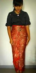 Cara Memakai Kain Batik Modern Sebagai Rok Dengan Cara Dililitkan