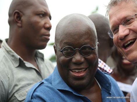 PHOTOS: Akufo-Addo Verifies Name In Voters' Register
