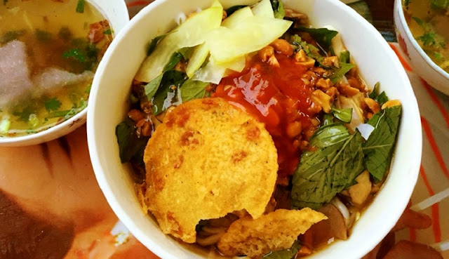 Sour noodle specialties in Ha Giang 1