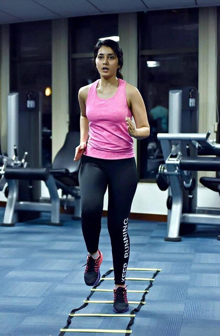 Actress Rashi Khanna Fitness Workout Hot Photos In Gym