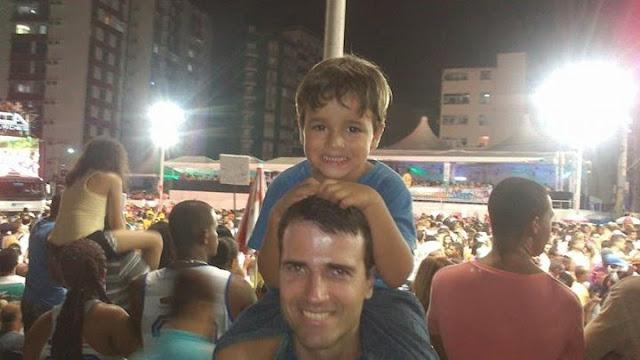 Carnaval de Salvador com criança