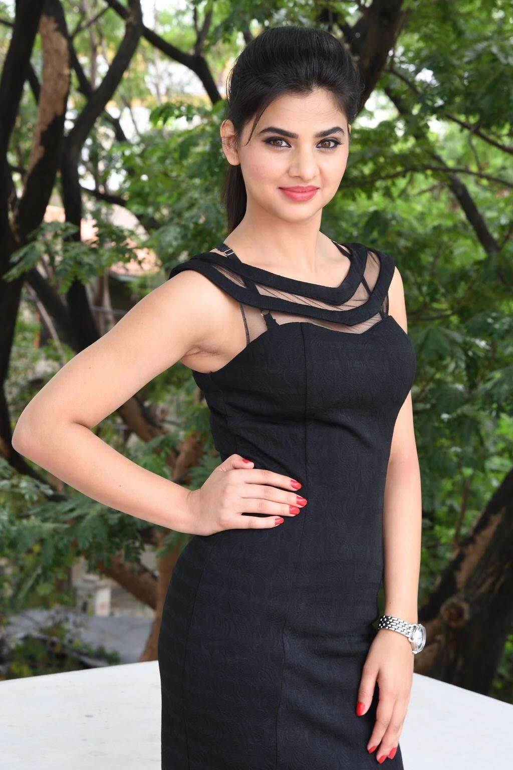 kamna ranawat new glam pics-HQ-Photo-31