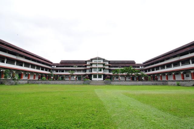 Islamic Boarding School SMA Dwiwarna
