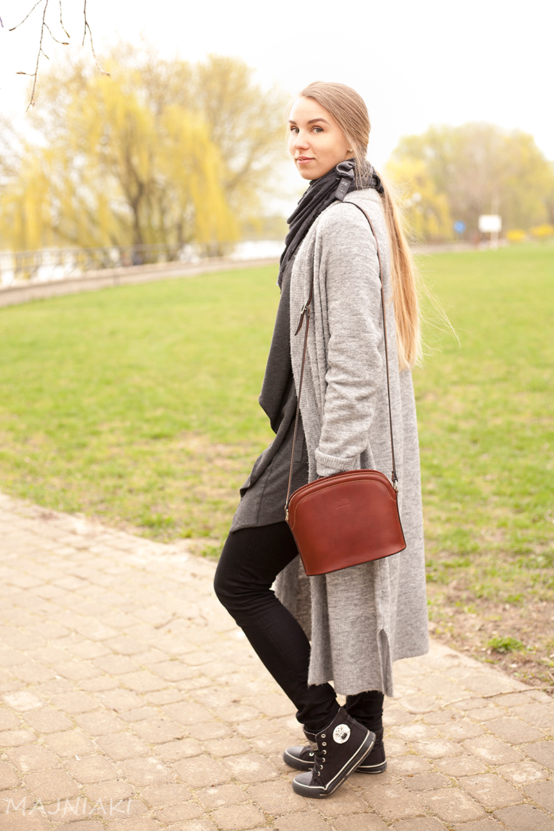 Grey cardigan on cardigan, street style