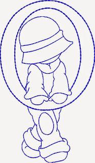 Alfabeto de Niños con Gorros para Colorear.
