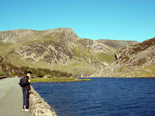 the ogwen valley snowdonia national park