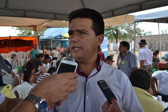 Prefeito João Vianney divulga as atrações da 7ª Expocaboclos em Caldeirão Grande do Piauí