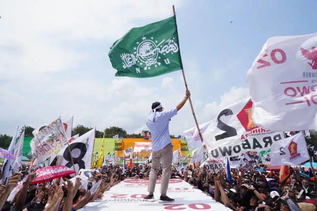 Sandi Tanggapi Insiden Pesawat Prabowo: Jangan Cengeng Lawan Rezim