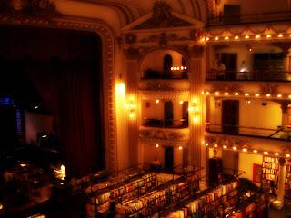 Livraria El Ateneo, em Buenos Aires: Galerias e Palco do Antigo Teatro