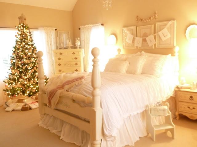 surprising christmas bedroom decorations ideas | The Pretty Purveyor: The Christmas Bedroom