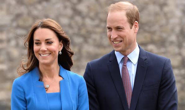 Prince William, kate Middleton visit India, Bhutan, Kate Middleton jewelry, tiara, earrings, diamond, ring, diamond earrings, weddings dress
