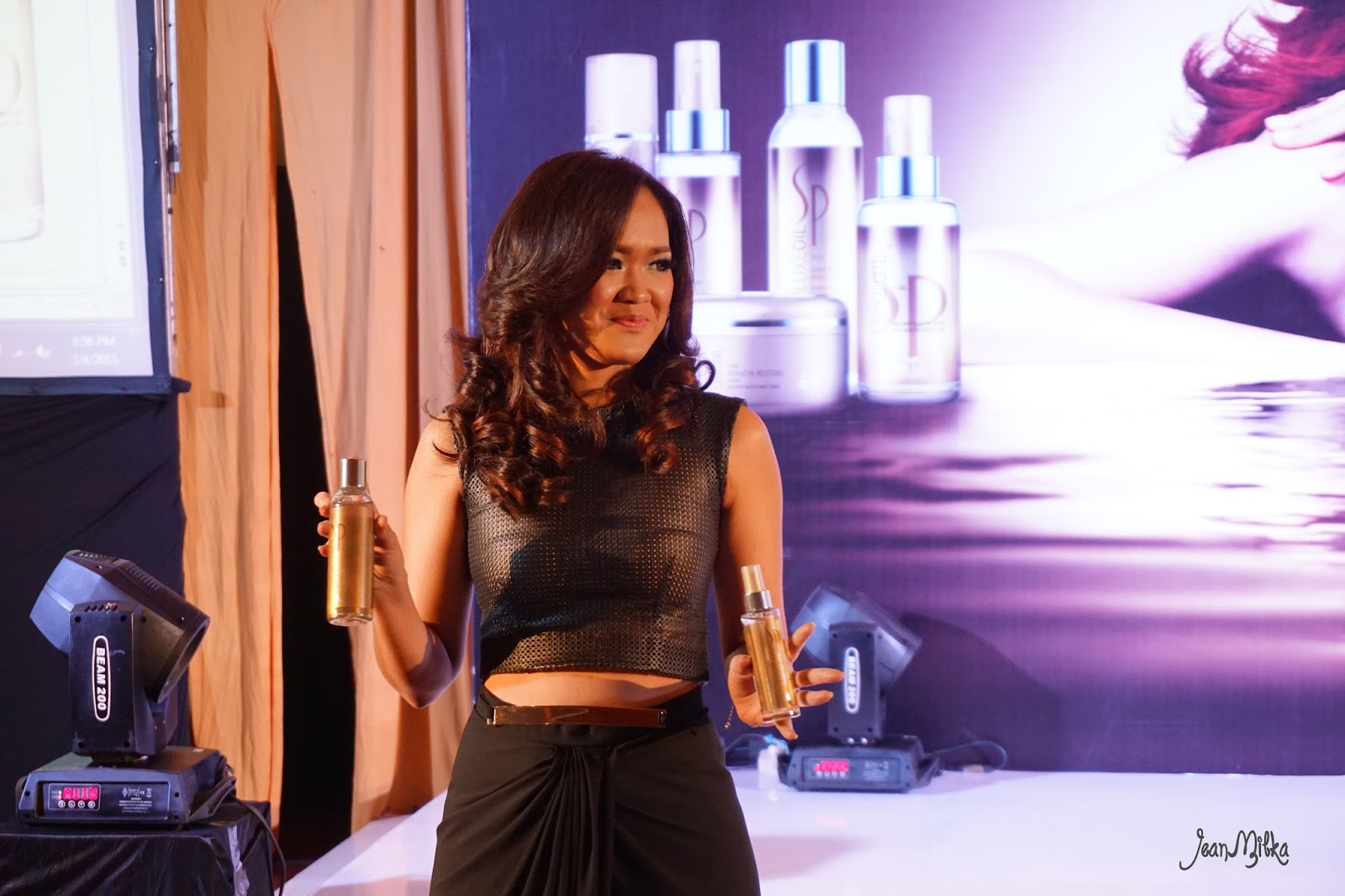Wella, hair, treatment, luxeoil, damage hair,