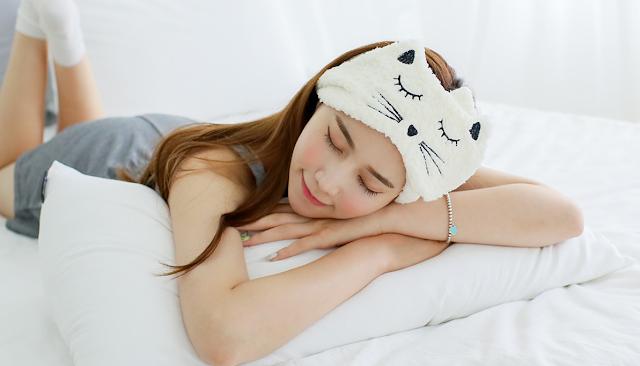 Cách ngủ nằm sấp