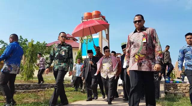 Jusuf Kalla: Lulusan Pesantren Jangan Terlalu Berharap Jadi PNS, Lupakan itu !