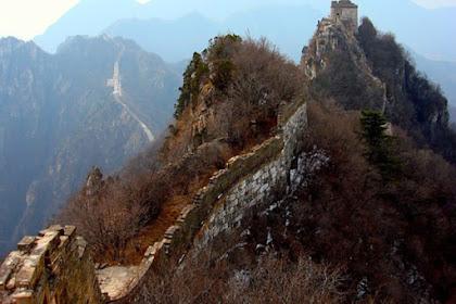 Main Ke Tembok China? Jangan Lupa Kunjungi Tembok Besar Jiankou