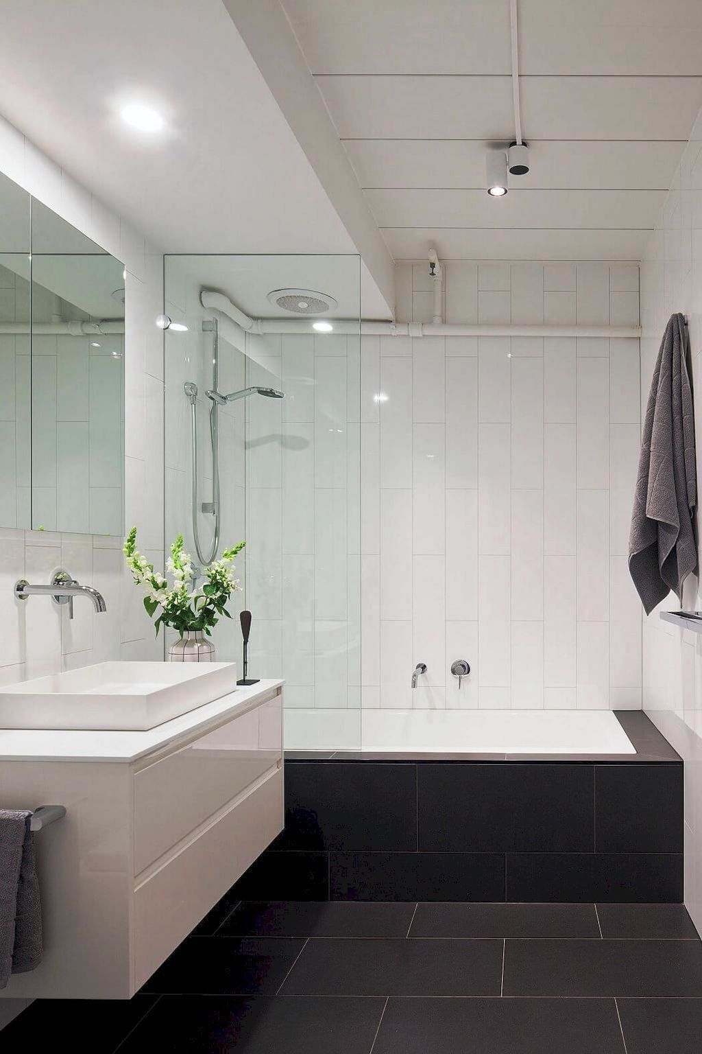 how to use low budget to remodel small master bathroom
