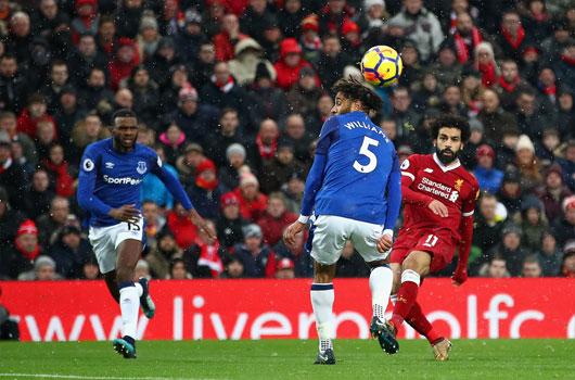 Liverpool 1-1 Everton: Viên đạn vào chân mình 2