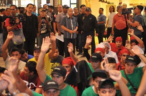 IOI City Mall Hampir Lumpuh, Lebih 200 Pekerja Asing Ditahan