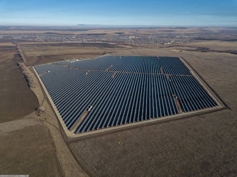 Russia's two solar power plants in Sorochinsk and Novosergievka of Orenburg region