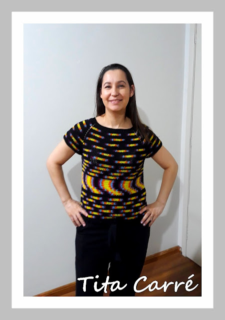 Blusa com a técnica Planned Color Pooling