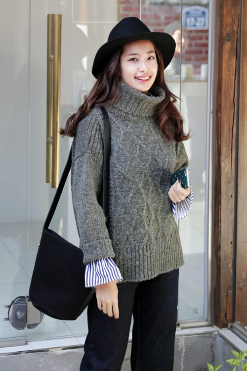 Diamond Turtle Neck Sweater