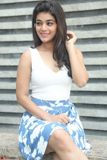 Yamini in Short Mini Skirt and Crop Sleeveless White Top 002.JPG