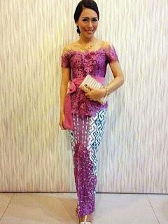 model rok panjang dan atasan batik
