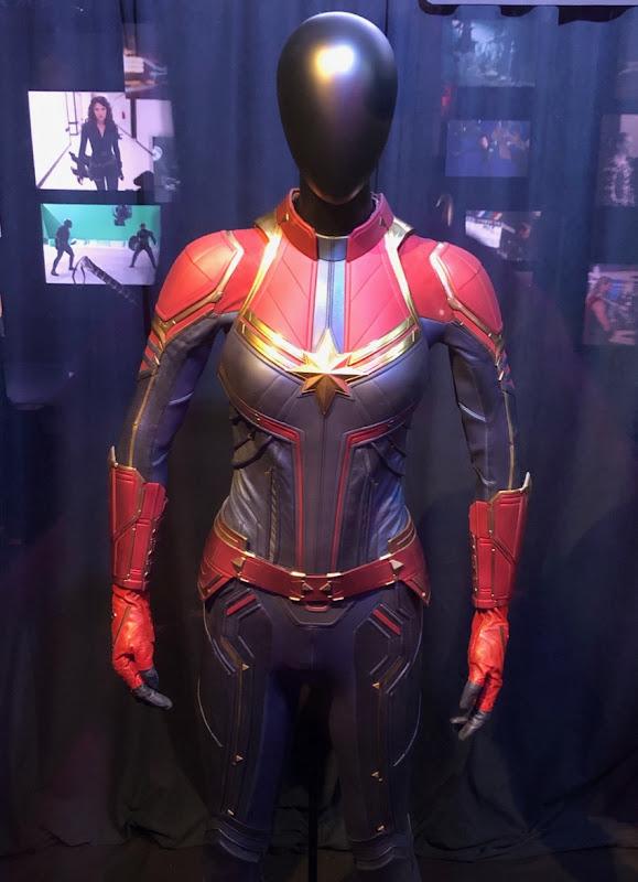 Captain Marvel costume Avengers Endgame