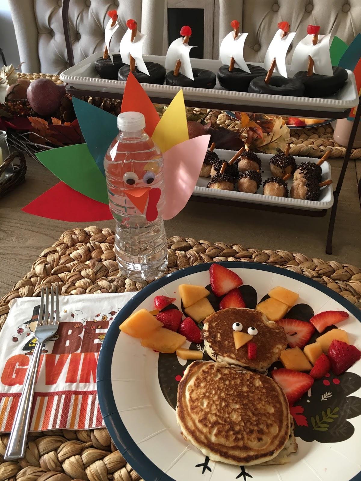 Kinder Garden: Kindergarten Smiles: Thanksgiving Centers (Parent Activity