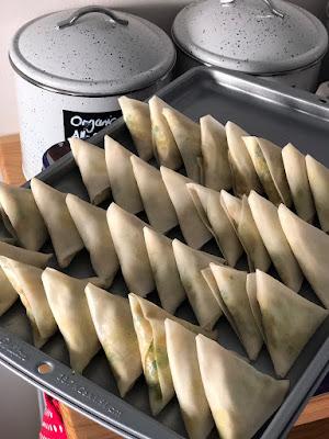 Recipe of vegetarian samosas from @nourishbylu