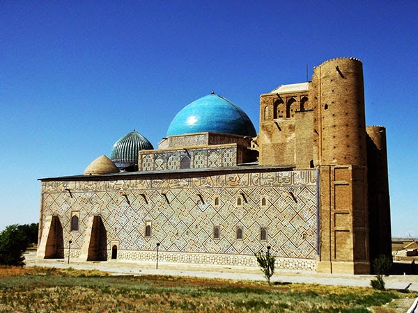 Mausoleo de Khoja Ahmed Yasawi, Turkestán