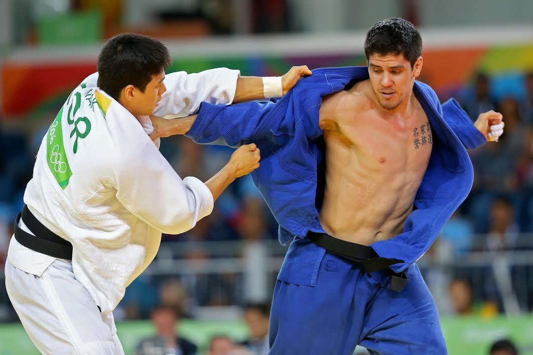Thomás Briceño cae ante campeón mundial en segunda ronda