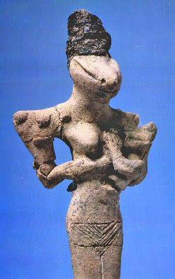 Estatuilla de Al-Ubaid representa sin dudas a un ser reptil humanoide. Estas estatuillas han sido datadas en 7000 años. ¿Una conexión con los Anunnaki?