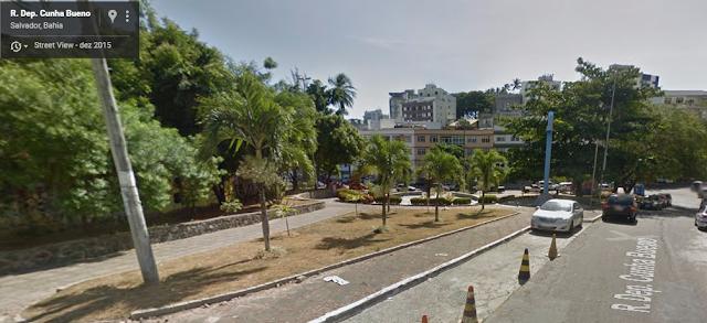 Praça Pau Brasil volta a ser alvo de vândalos e moradores  reclamam da escuridão