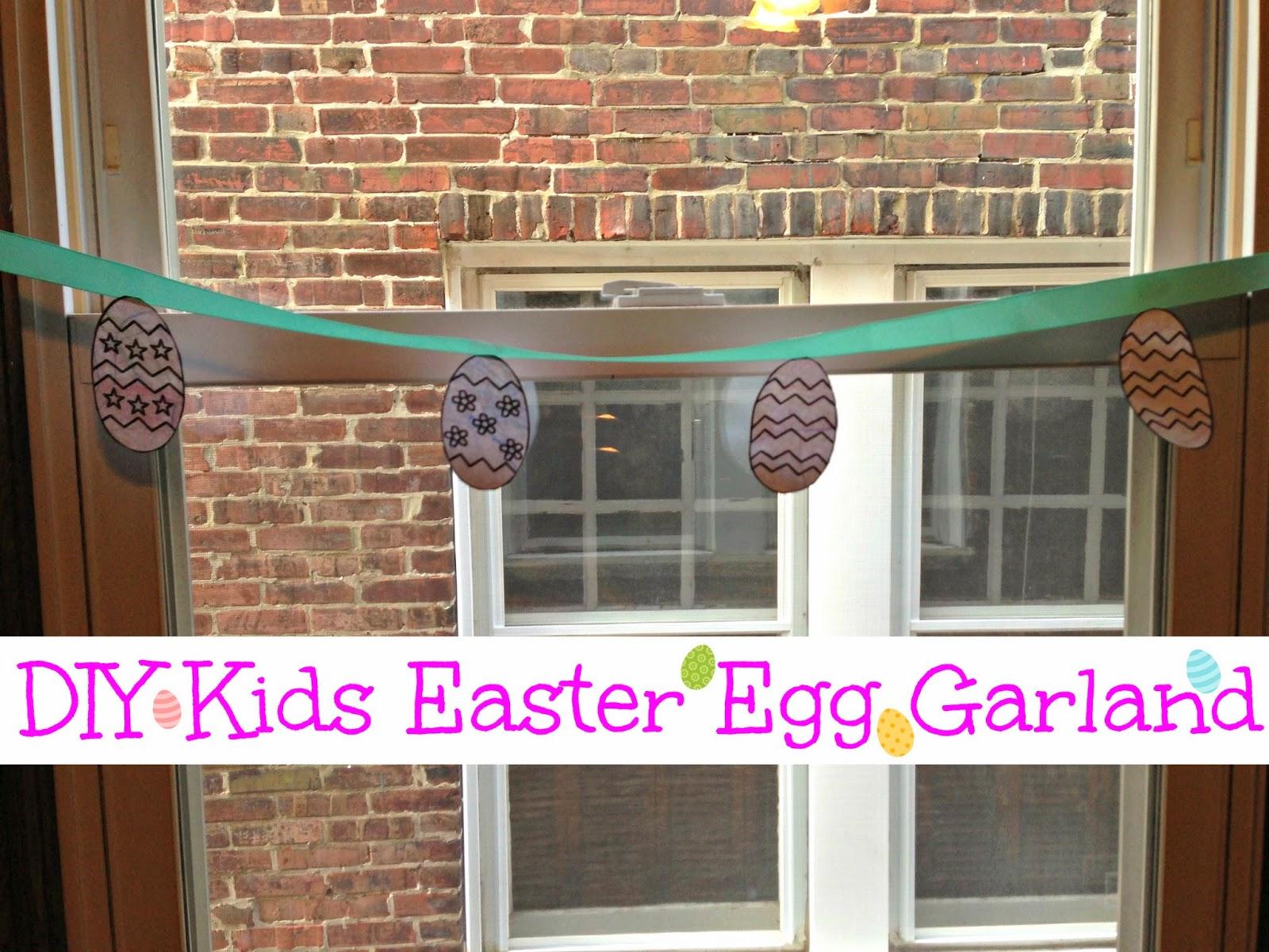 Easy Easter garland for kids to make! @blogginginpa
