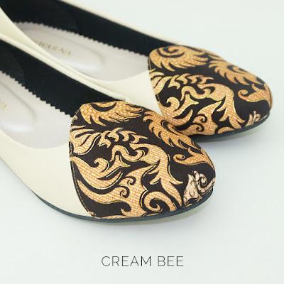 Sepatu Batik Cream Bee