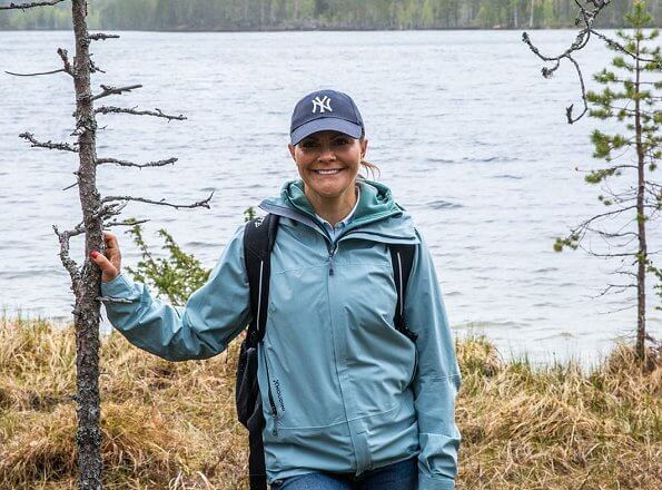 Crown Princess Victoria wore Houdini Damenjacke BFF Jacket. Medelpad is a historical province Jamtgavelns nature park and region