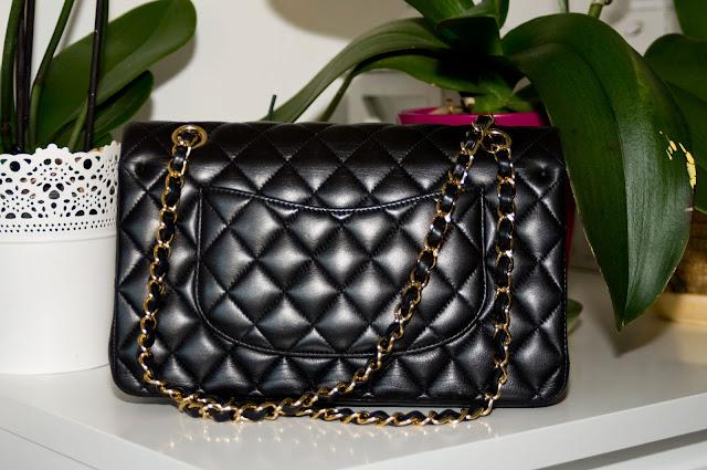 tektura torebki Chanel, pikowana torebka na ramię