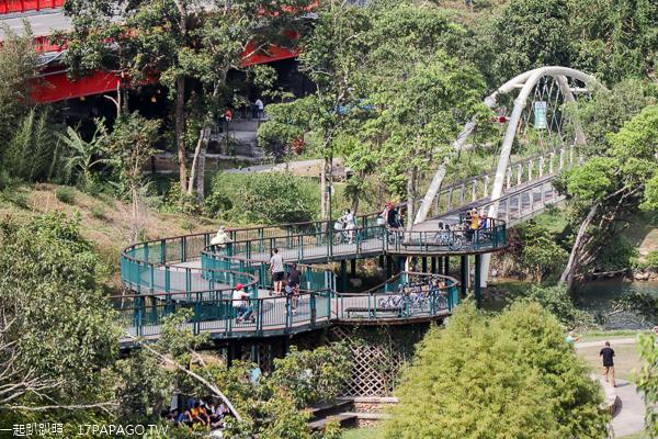 向山遊客中心|日月潭必訪景點|觀景台飽覽湖光山色美景|清水模綠建築